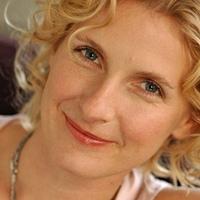 Orvosi könyvekkel versenyez Elizabeth Gilbert új regénye