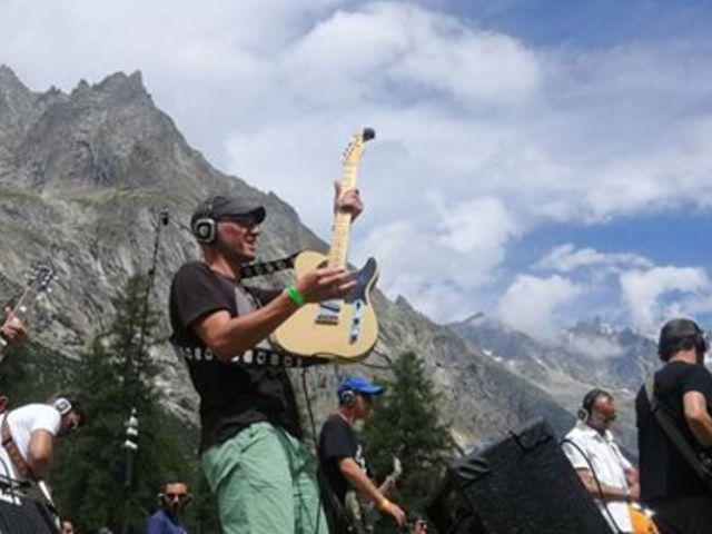 Rockin'1000: a legelitebb nyári táborozás vagy a jövő fesztiválja?