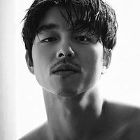 Gong Yoo, a tökéletes Hosszúlábú apu