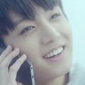 10 vicces k-pop szám, ami garantáltan feldobja a telefonhívásaidat