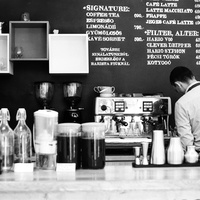 Isten, egy orvos és a Pécsi Kávé