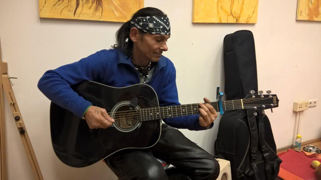 indian_gitarozik.jpg