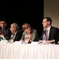 Sajtóbeszámolók a záró plenáris ülésről