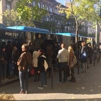 """Ilyen, amikor a városvezetés """"mindent megtesz"""" – már a hétvégén kaotikus volt a metrópótlás"""
