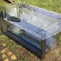 160 literes ovális akvárium dohányzó-asztal, rejtett kerekekkel