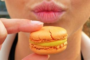 Az édes élet valójában keserű! Boldogtalanra esszük magunkat!