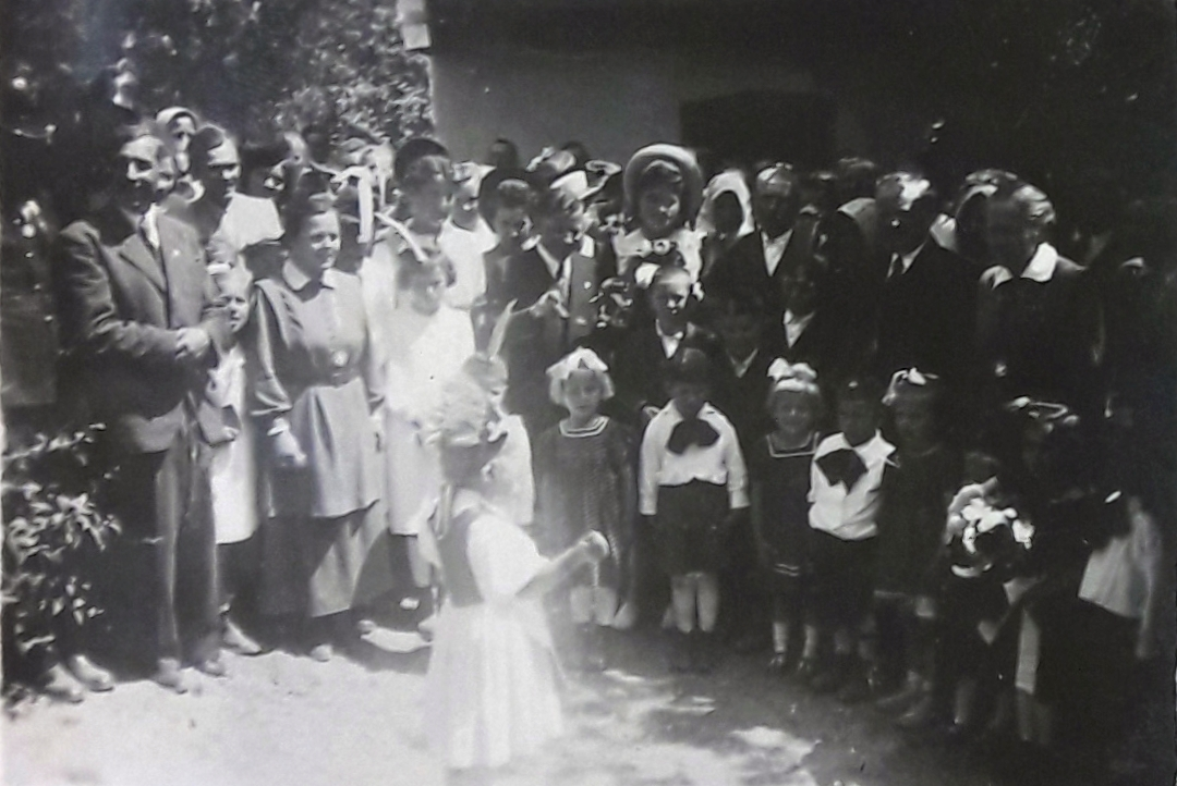1942b_4.jpg