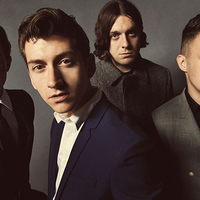 Arctic Monkeys = Augusztus 14.