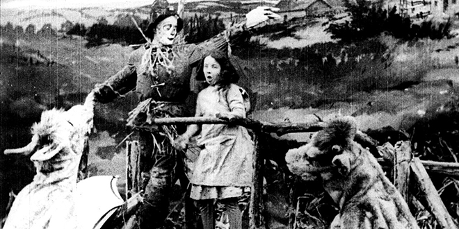 the-wonderful-wizard-of-oz-1910-movie-still.jpg