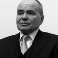 Súlyos betegségben elhunyt a magyar újságíró