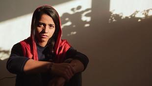 A magyar diálkok is megismerhetik az afgán lány történetét