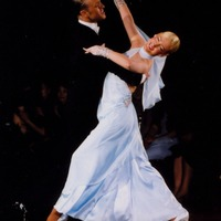 Táncolnak-e szalagavatón edzőkeringőt? - tippjéték #12