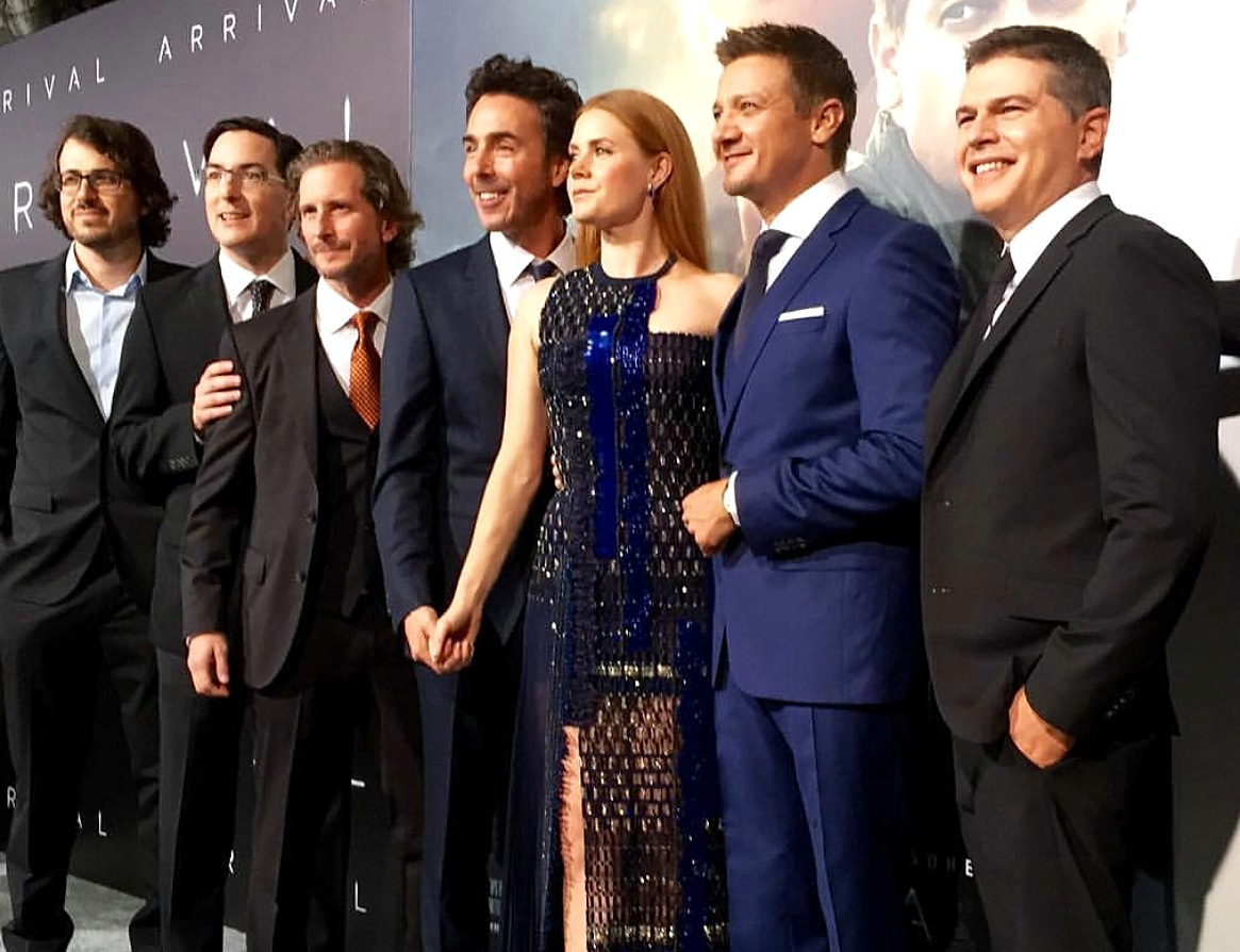arrival-movie-premiere-cast-producers.png