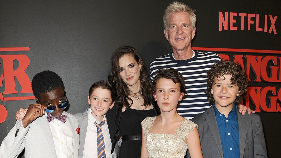 stranger_things_cast_getty_h_2016.jpg