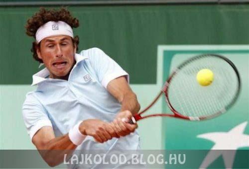Teniszező vicces arccal - Lájk