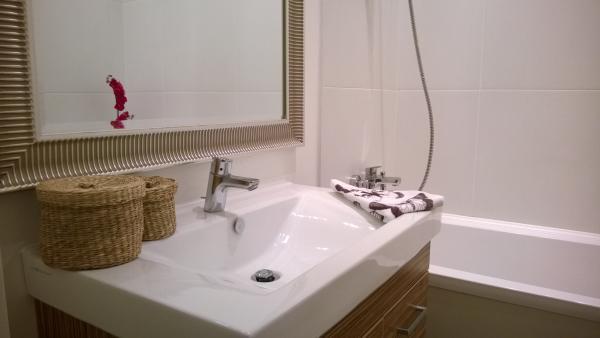 Fürdőszoba trendek 2016 - Lakásfelújítás kivitelezések és ötletek