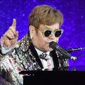 Elton John is visszavonul a turnézástól . . . három év múlva