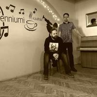 Csöndban'D akusztikus estek a szegedi Milleniumi Kávéházban