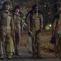 Gyermeki módon rajongunk a Stranger Things második évadáért is