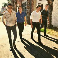 Több mint három év után újra koncertezik az Arctic Monkeys