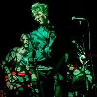 Pénteken Crystal Stilts-koncert a Kuplungban