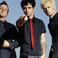Új szöveges videó a Green Daytől - Too Dumb to Die