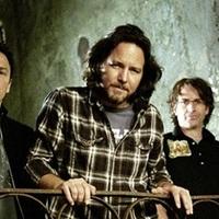 Lopás miatt perli a Pearl Jam volt pénzügyi menedzserüket