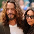 Chris Cornellt beperelte a volt takarítónője