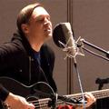 Két újrahangszerelt Arcade Fire-dal