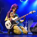 Prince basszusgitárosa Budapesten járt, mi meg lefotóztuk