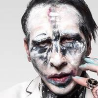 Marilyn Manson kórházba került, miután ráomlott a színpadi díszlet