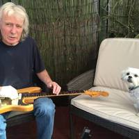 Meghalt Fast Eddie Clarke, a Motörhead klasszikus felállásnak utolsó tagja