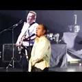 Morrissey így játszik Ramonest