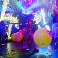 Miley Cyrus nagyon-nagyon-nagyon durván belekezdett a Flaming Lipsszel közös turnéjába