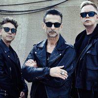 Így játszik David Bowie-t a Depeche Mode