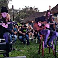 Vasárnapi istentisztelet és más érdekes programok a Megadeth-táborban