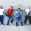 Magasról - Hallgasd meg az Eleven Hold új albumát!