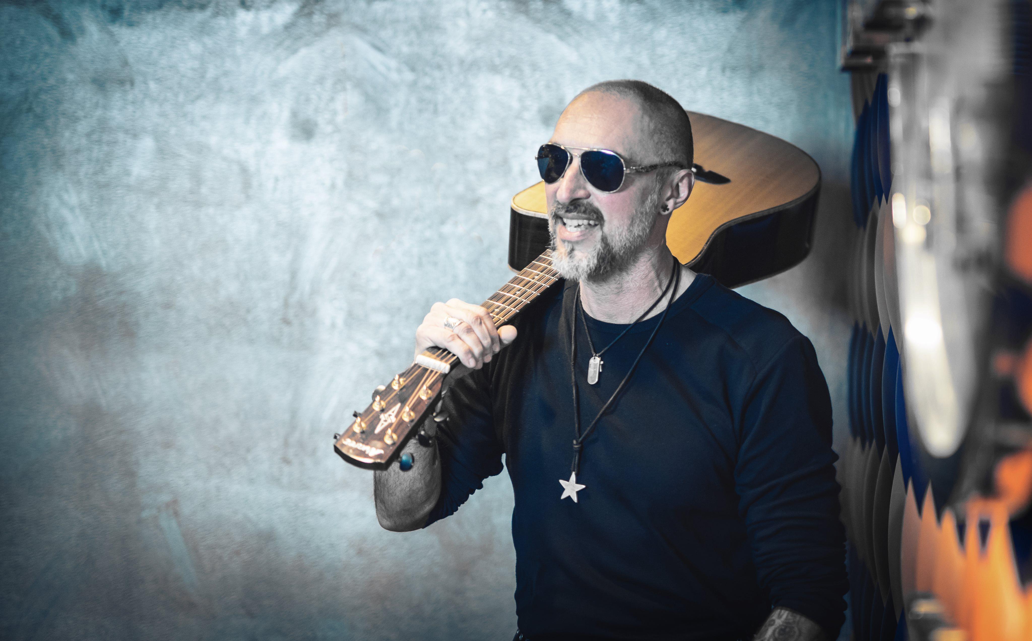 Lélegzet – Itt van Mátyás Attila akusztikus lemeze teljes egészében