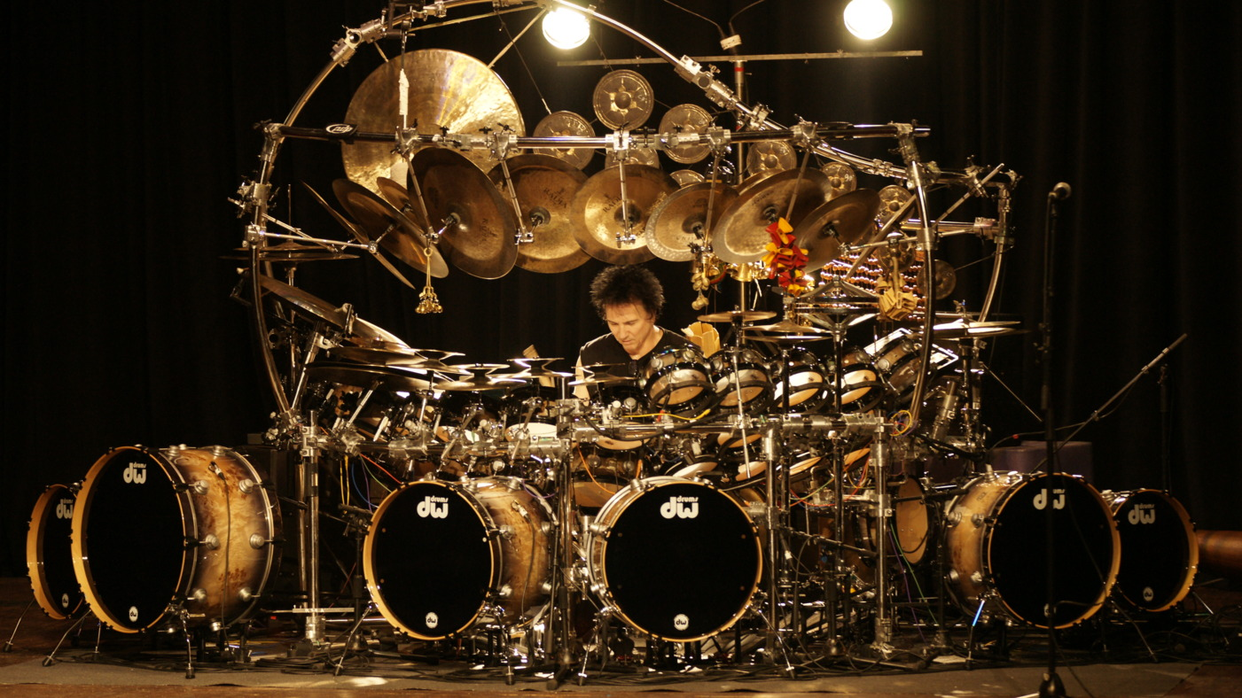 terry_bozzio_2014_press_photo_photo_by_andre_ozgadsc1193.JPG