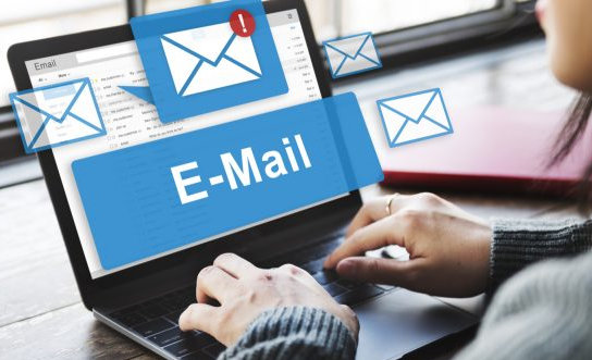 online email laptop
