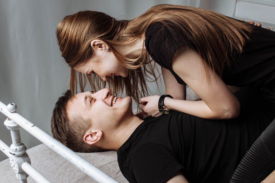 A kiegyensúlyozott párkapcsolat titka, azaz az 5 varázspont