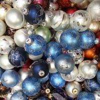 Karácsonyi üvegdíszek - ajándékötlet