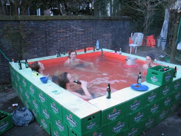 20-temporary-swimming-pools-for-you-to-consider-7-610x458.jpg