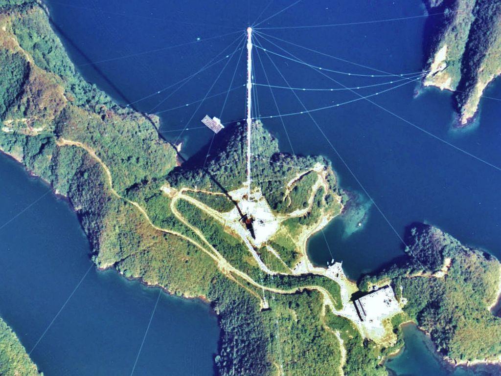 tsushima_omega_tower_1977_2.jpg