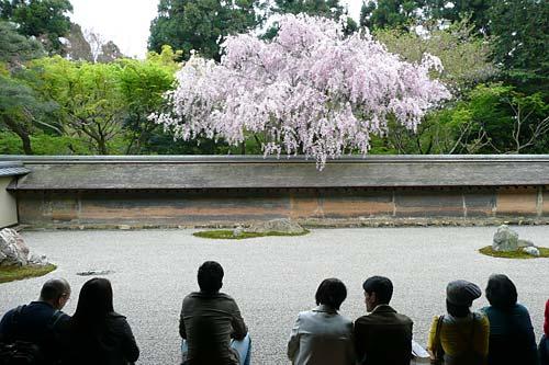 kyoto-ryoanji-2.jpg