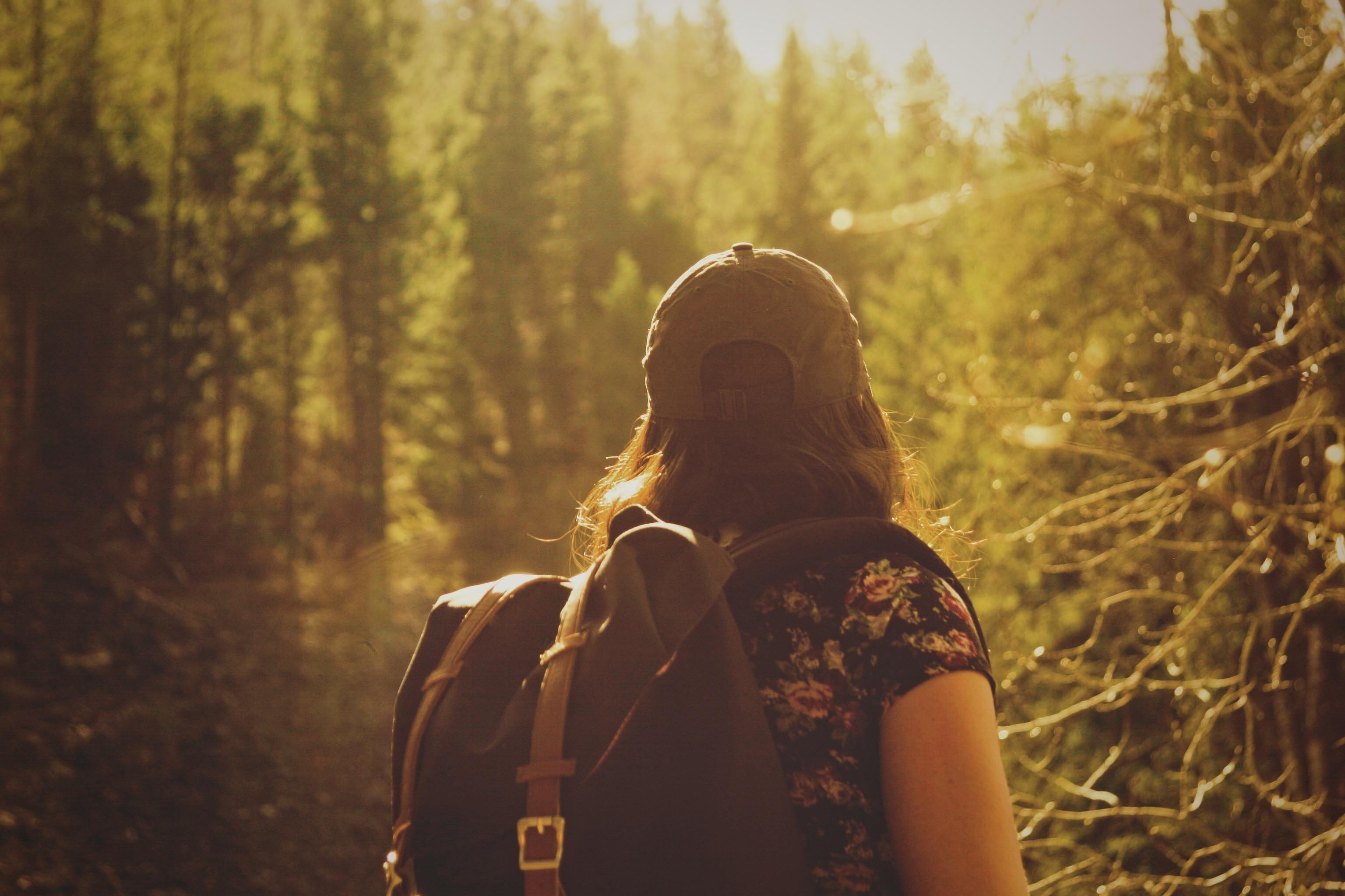 backpacker_girl.jpg