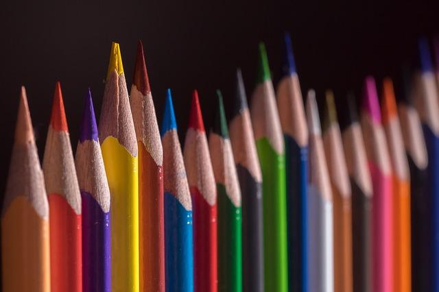 colored-pencils-656178_640.jpg