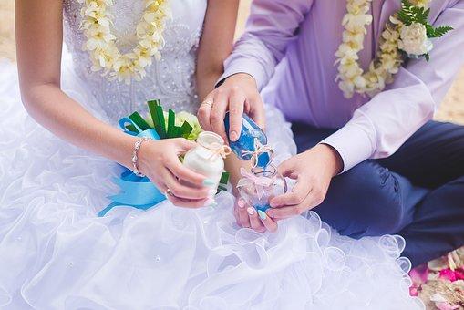 wedding-2448396_340.jpg