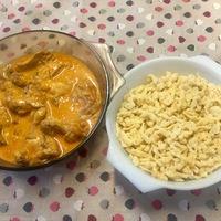 Magyar klasszikus: paprikás csirke nokedlivel