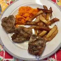 Bárány steak sárgarépával